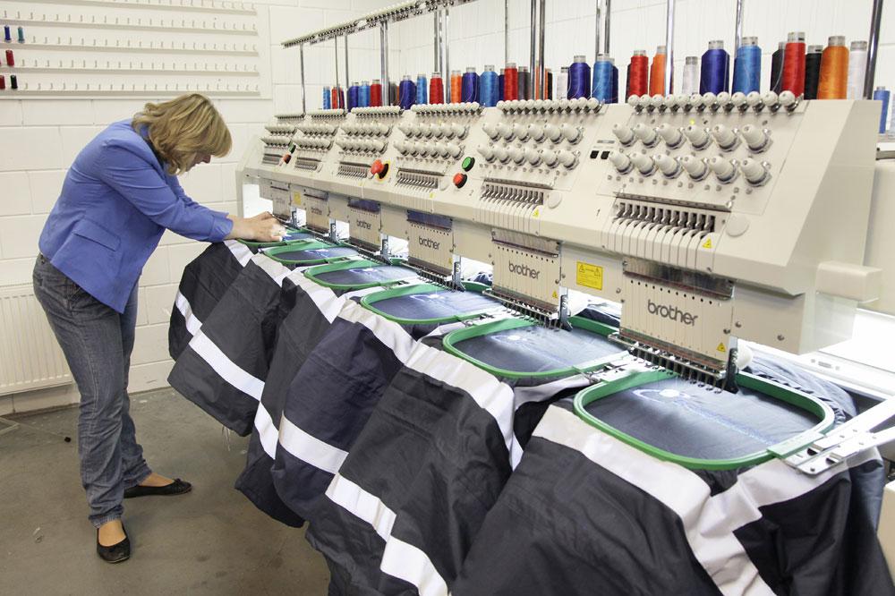 Onze borduurmachines aan het werk